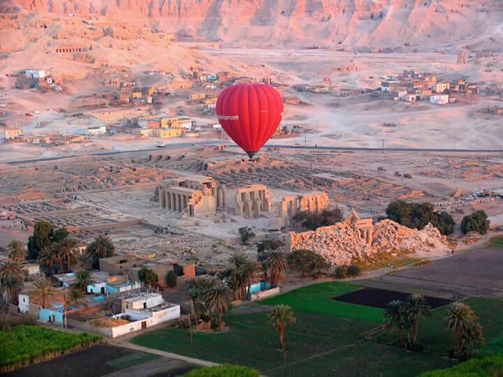 https://www.egyptravel4you.com/wp-content/uploads/2015/04/FB_IMG_15055081409725189.jpg