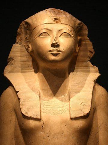 https://www.egyptravel4you.com/wp-content/uploads/2015/05/hatshepsut-e1563927288405.jpg