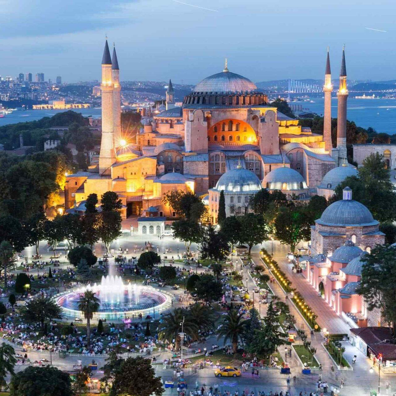 https://www.egyptravel4you.com/wp-content/uploads/2018/09/destination-istanbul-02-1280x1280.jpg