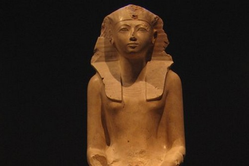 https://www.egyptravel4you.com/wp-content/uploads/2018/11/Queen-Hatshepsut.jpg